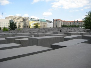 Expansive and evocative memorial to Holocaust victims