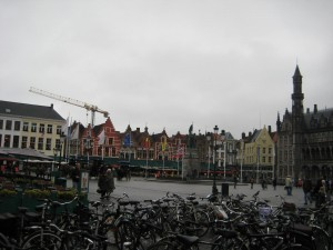 Bikes in a random Bruges square